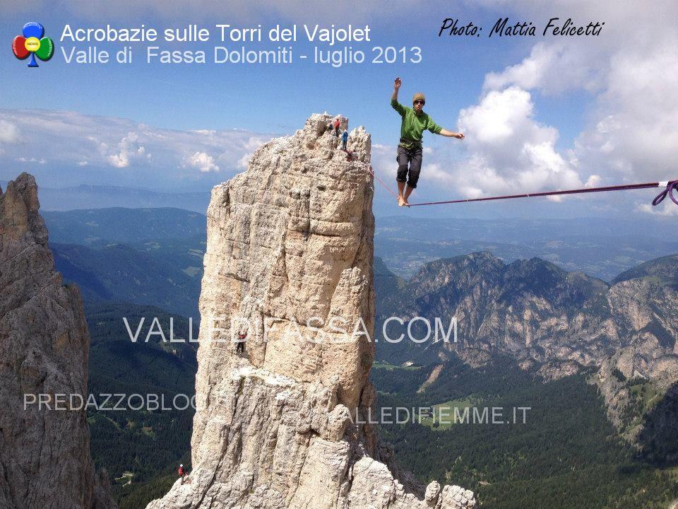 acrobati sulle torri del vaiolet - fassa - luglio 2013 ph Mattia Felicetti4