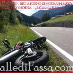 Ciclisti investiti da una moto a Forno di Moena, 3 feriti