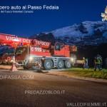 vigili del fuoco, recupero auto passo fedaia5