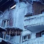 incendio hotel dolomiti moena la mattina dopo ghiaccio 1