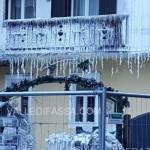 incendio hotel dolomiti moena la mattina dopo ghiaccio 2