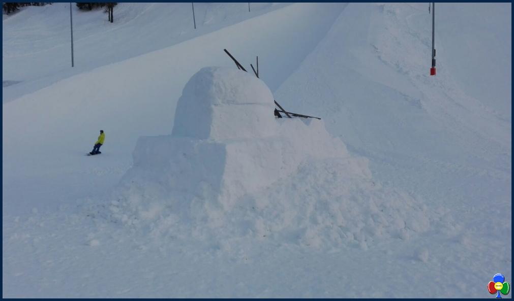statua ghiaccio a davos studenti fassa 2